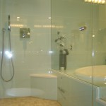 Walk-in shower & tub
