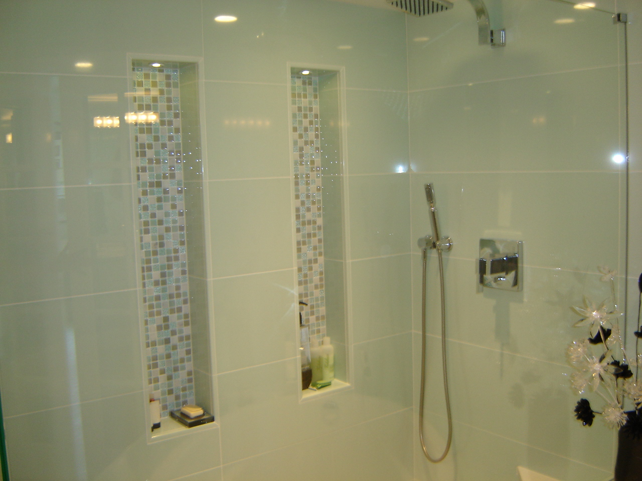 shower wall niches